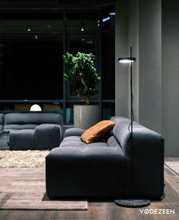 trendy dark bachelor apartment 9