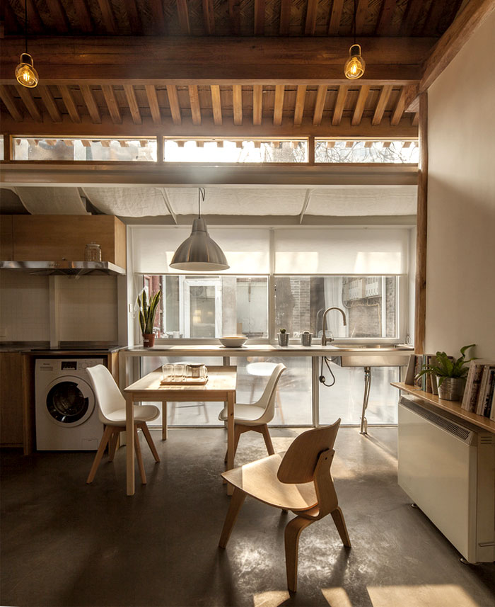 Oeu Chao Convert 30 Square Meters House Into A Family Home Interiorzine