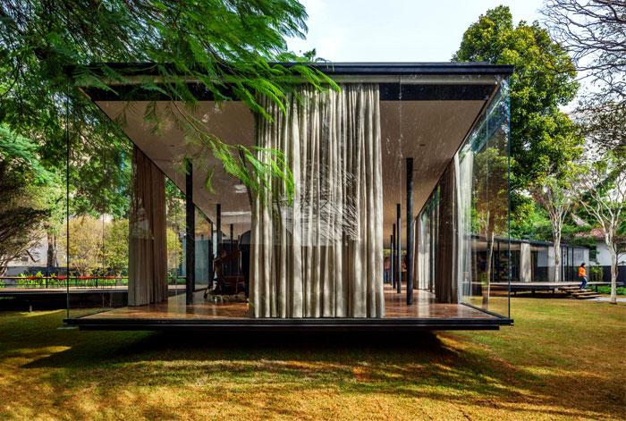 beautiful garden glass pavilion 1