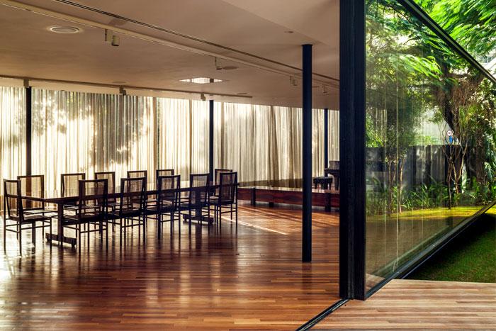 beautiful garden glass pavilion 17