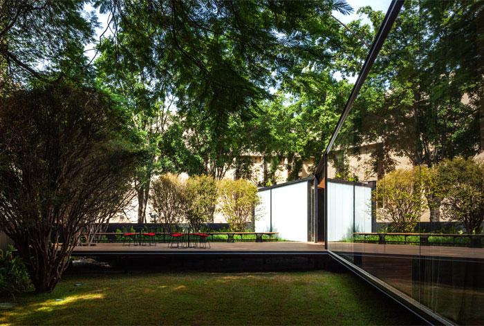 beautiful garden glass pavilion 6