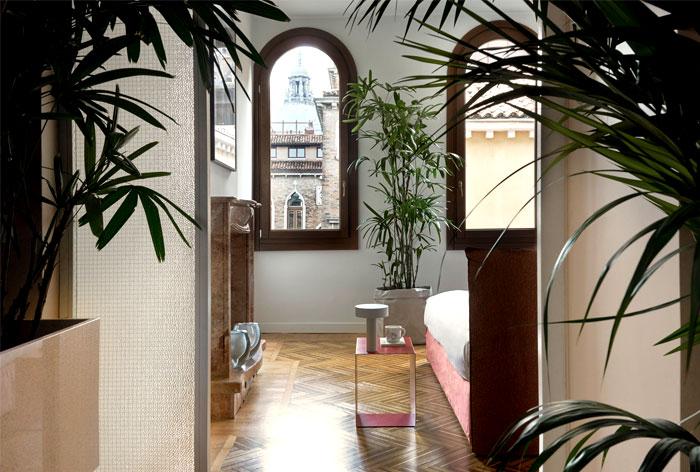 casa flora apartment project traditional venetian charm 16