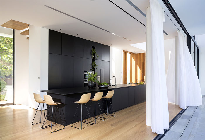 contemporary L shaped house 13