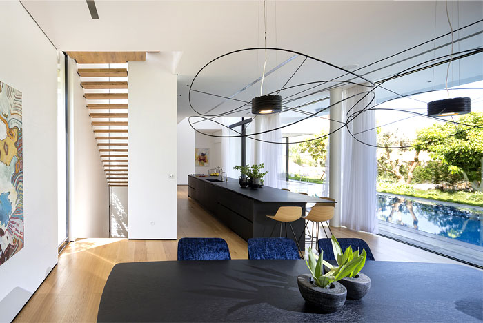 contemporary L shaped house 14
