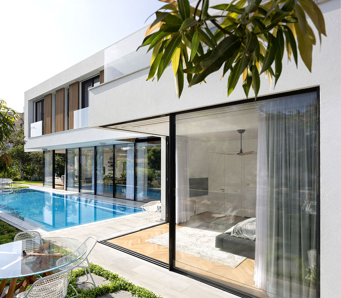 contemporary L shaped house 20