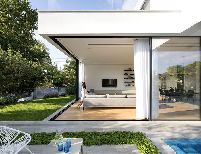 contemporary L shaped house 3