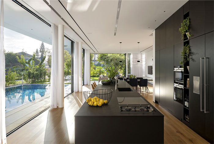 contemporary L shaped house 4