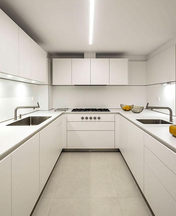 urban white apartment barcelona susanna cots 19