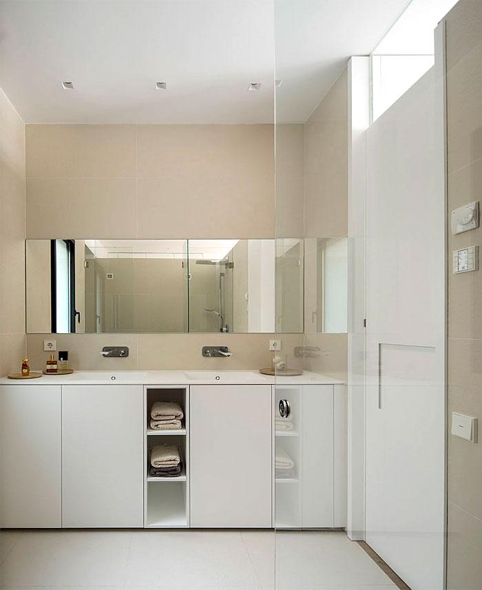 urban white apartment barcelona susanna cots 9