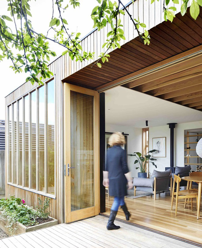 wooden box house 12