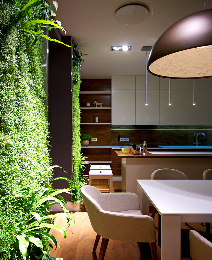 luxuriant green walls