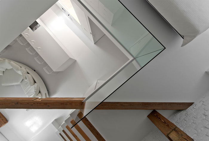 small mezzanine apartment lithuania interiorzine 8