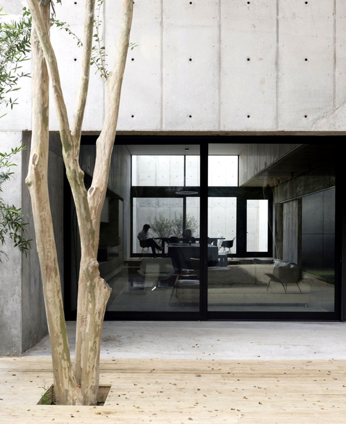 concrete box house robertson design 8
