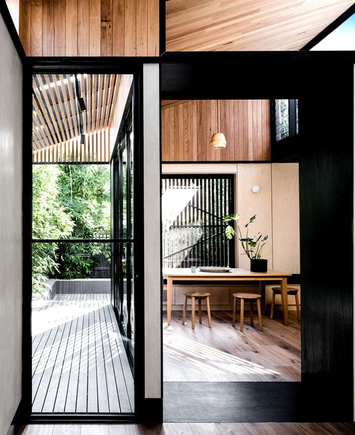 cottage melbourne figr 8