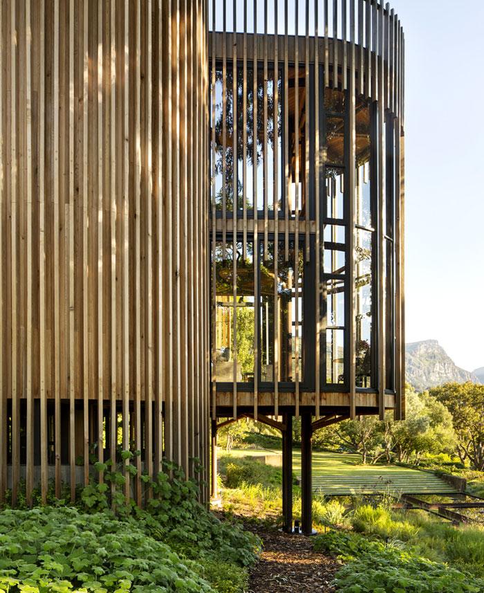malan vorster treehouse 8