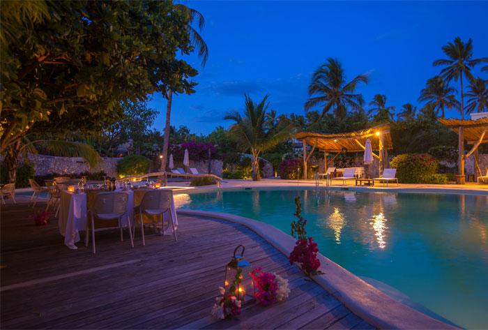 fast white sand luxury villas 12