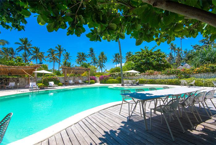 fast white sand luxury villas 19