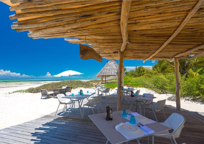 fast white sand luxury villas 25