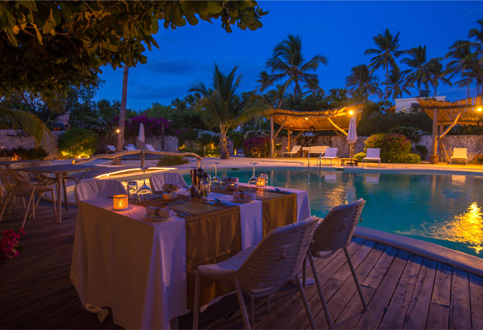 fast white sand luxury villas 9
