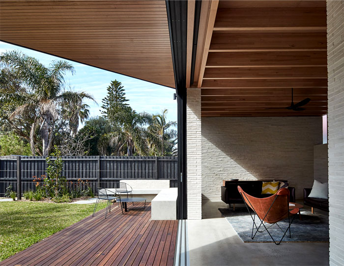 brick house andrew burges architects 7