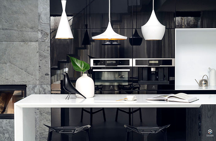 Minimalist House Interior In Black And White Decor Interiorzine