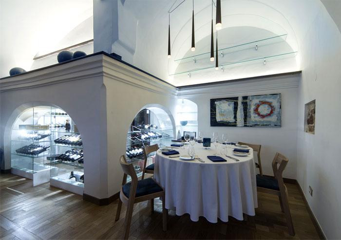 mediterranean restaurant old town vilnius 9