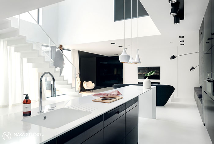 Minimalist House Interior In Black And White Decor Interiorzine