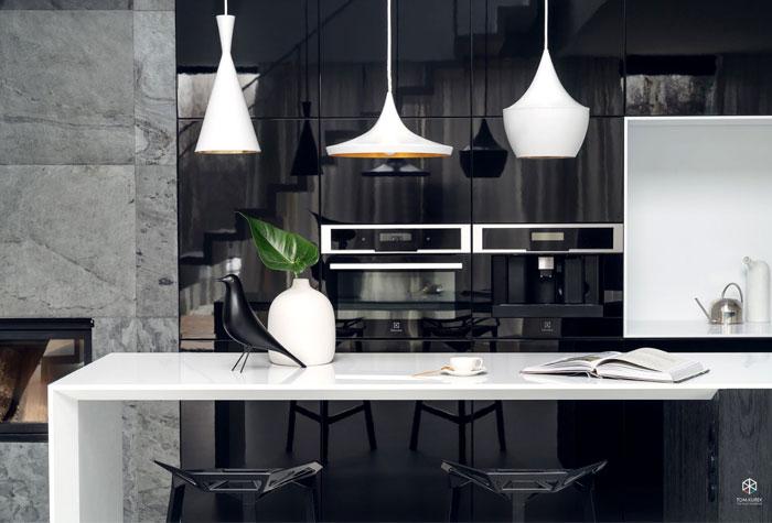 single family home maka studio 33