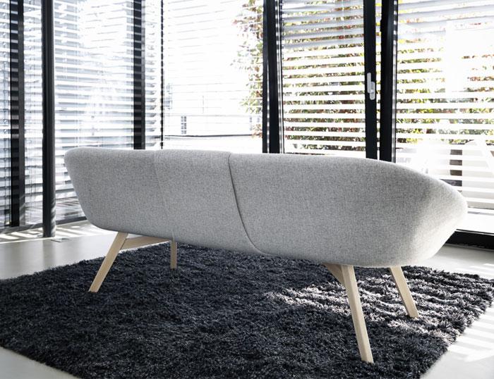 foss sofa 4
