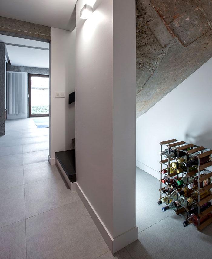 brickwall ycl studio 13