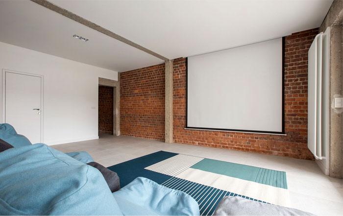 brickwall ycl studio 6