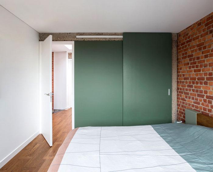 brickwall ycl studio 9