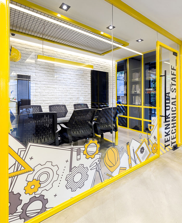 black yellow emre group office 17