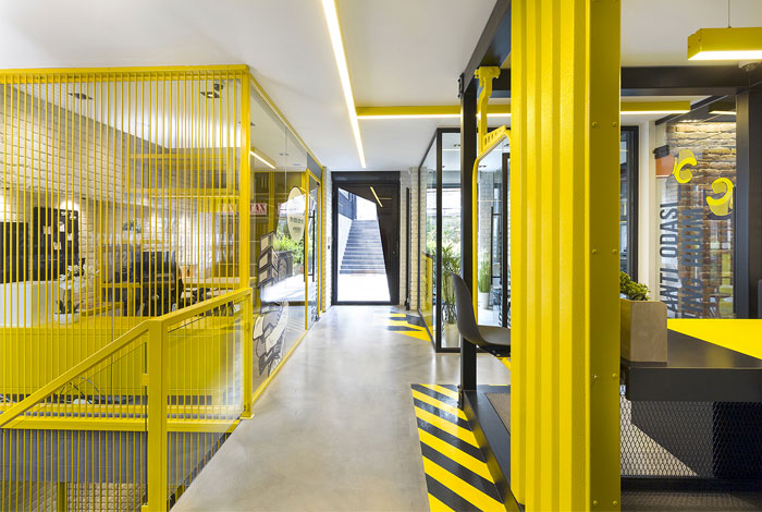 black yellow emre group office 31
