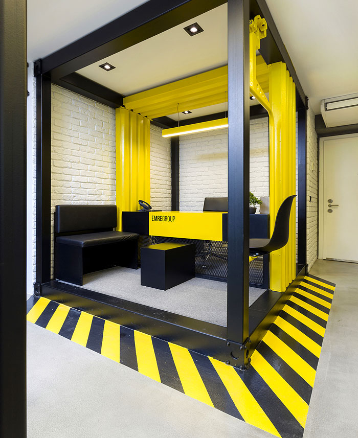 black yellow emre group office 32