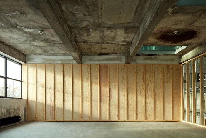 reconstructed industrial building mlynica studio gutgut 12