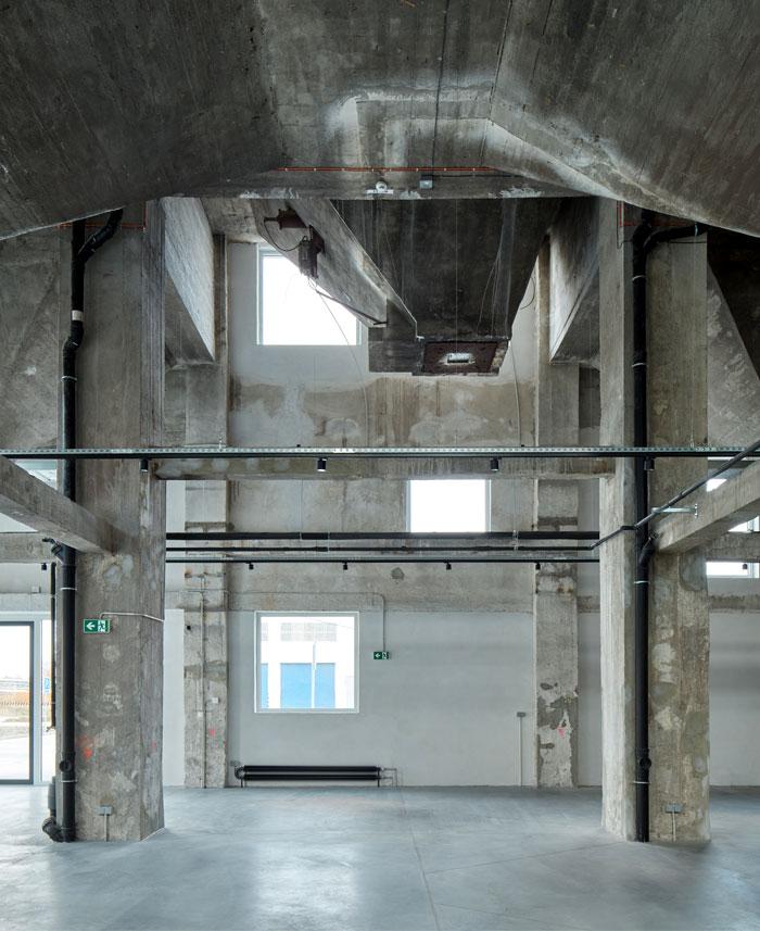 reconstructed industrial building mlynica studio gutgut 22