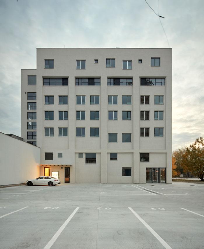 reconstructed industrial building mlynica studio gutgut 23