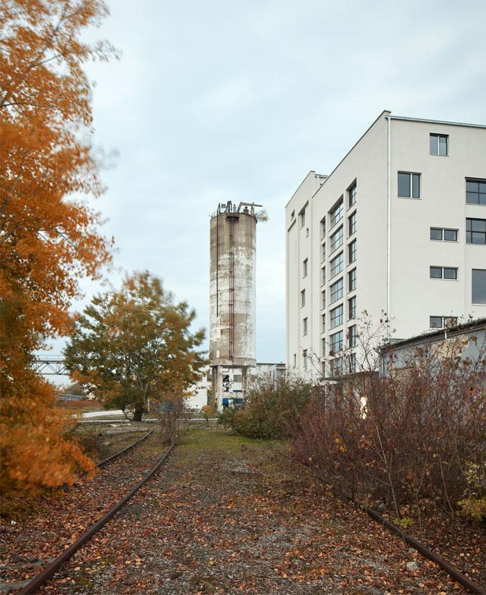 reconstructed industrial building mlynica studio gutgut 26
