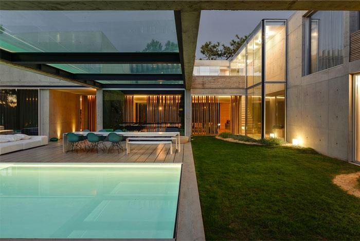 villa wall house guedes cruz arquitectos 12