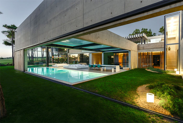 villa wall house guedes cruz arquitectos 9