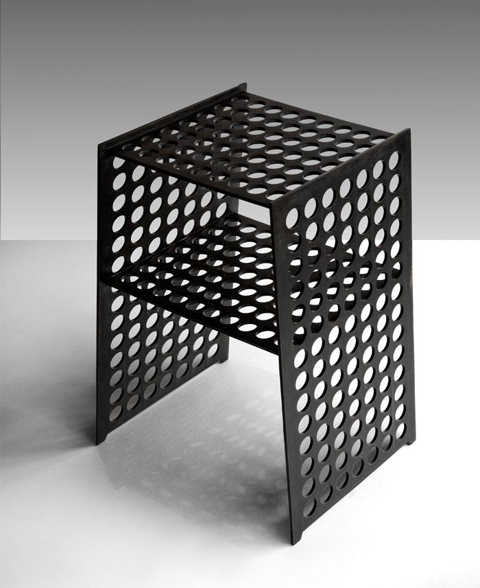 compact side table okha 1