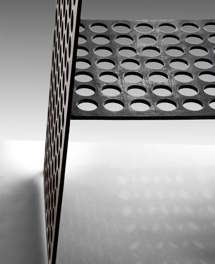 compact side table okha 8