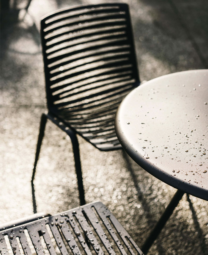 fast italian outdoor furniture manufacturer