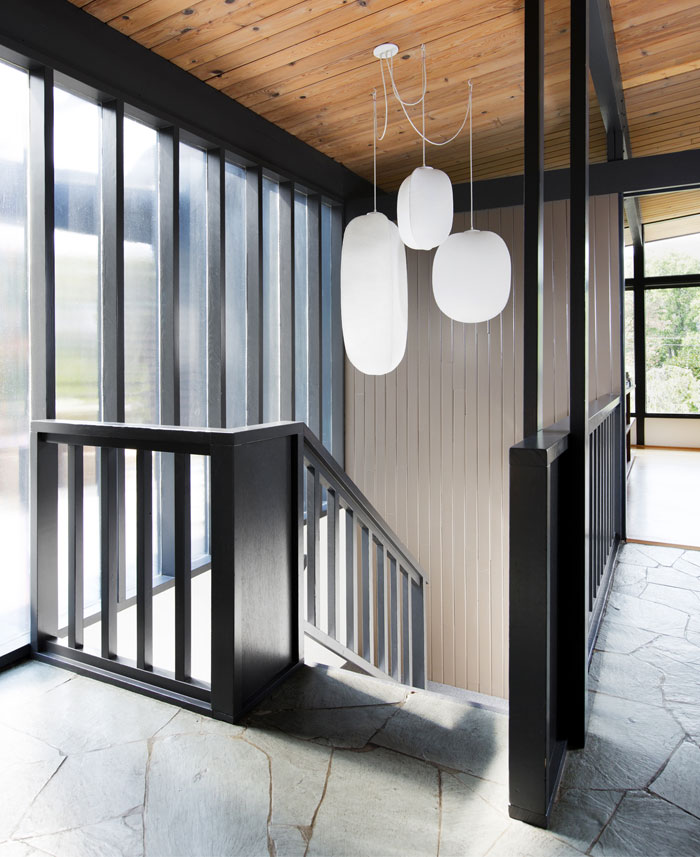 hillside midcentury shed architecture and design 2