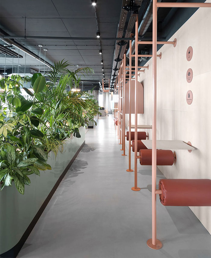creative office arrangement encourages physical activities