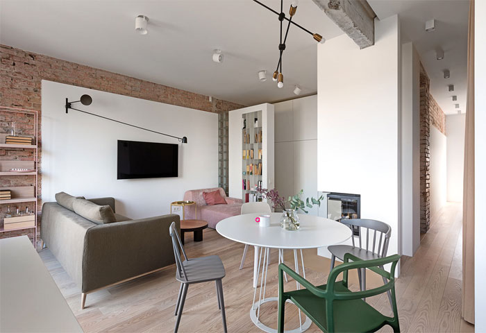 Small Urban Chic Apartment By Olha Wood