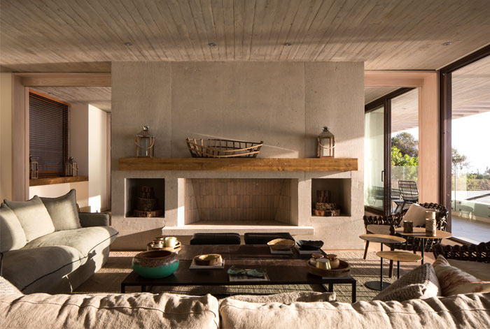 exposed concrete house chile 19
