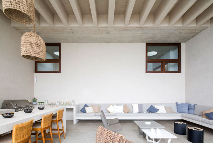 exposed concrete house chile 4