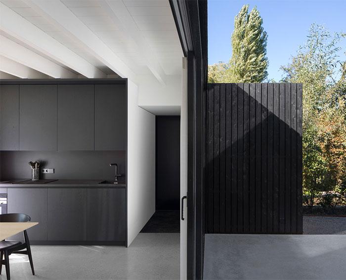 tiny holiday home i29 interior architects 3